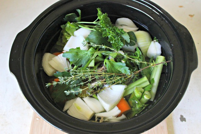 Homemade chicken stock (5)